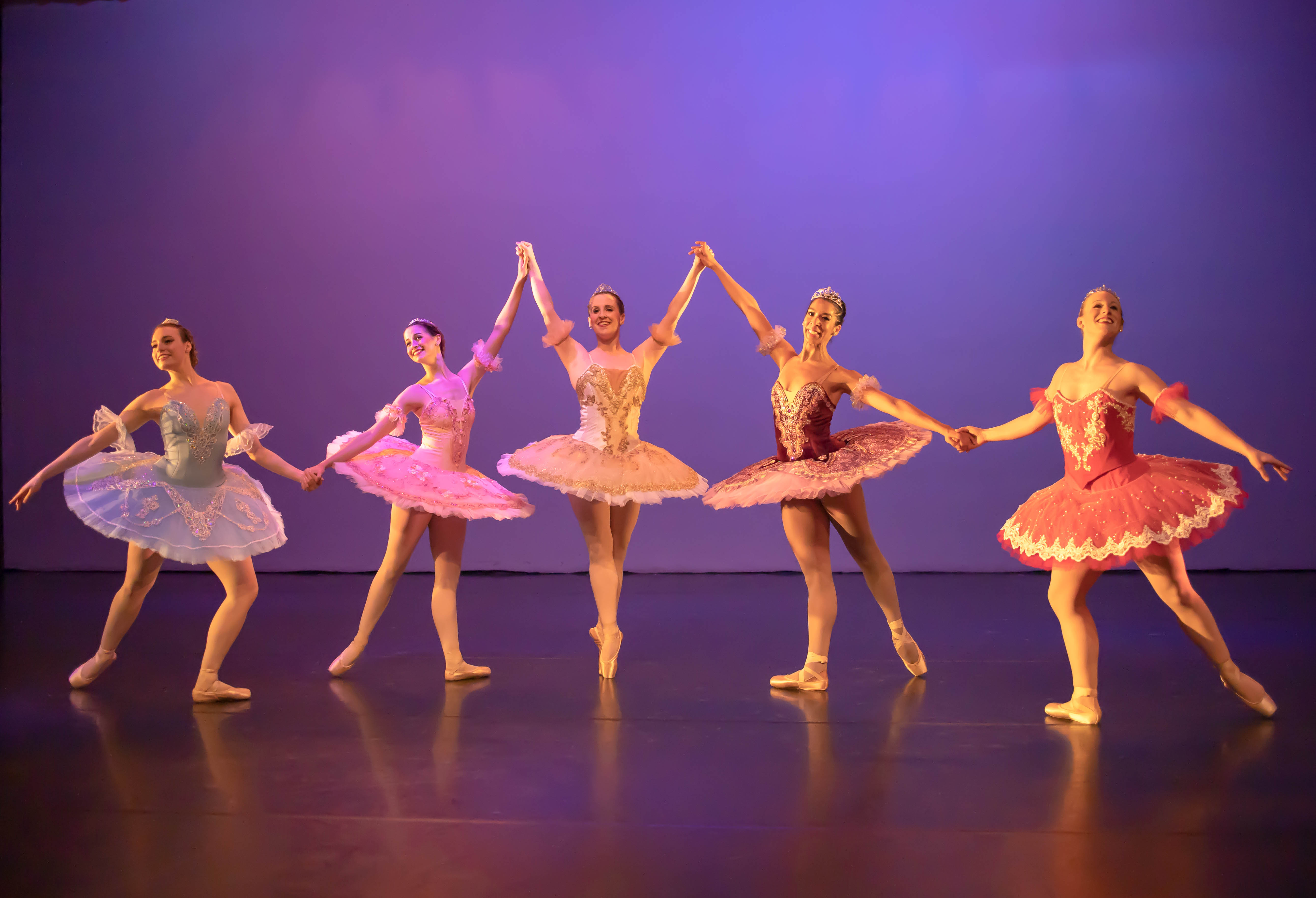Simply Beautiful Ballet Stavna Ballet Awes And Delights At Dogtown Dance Theatre Rva Mag